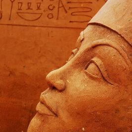 Easy to be Pharaoh